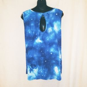 Dots Sleeveless Galaxy Print Top Size Large